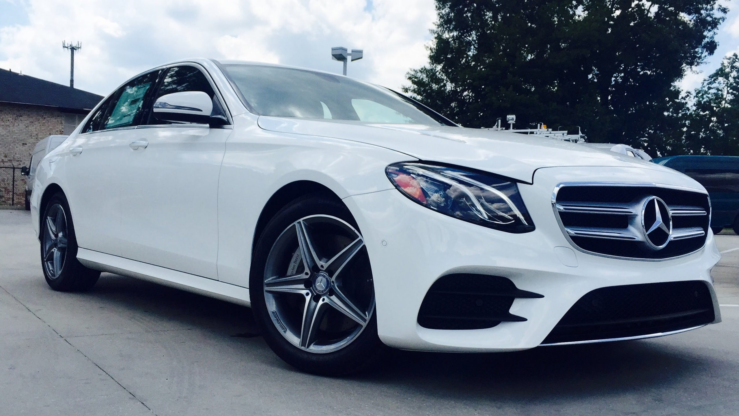 2018 mercedes benz e300 sedan lease special carscouts for Mercedes benz offers usa
