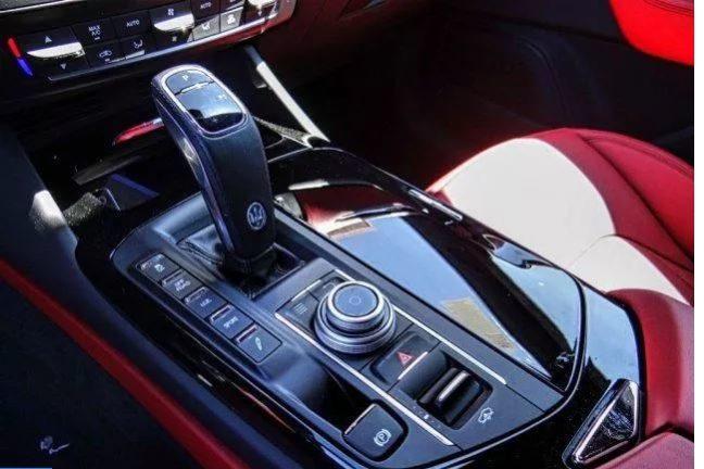 2019 Maserati Levante Lease Special full